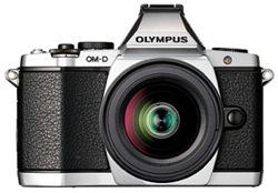 オリンパス、高性能電子ビューファインダー搭載マイクロ一眼「OLYMPUS OM-D」発表