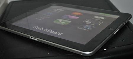 Dockコネクタを2つ持ったプロトタイプ「iPad」がebayに出品中