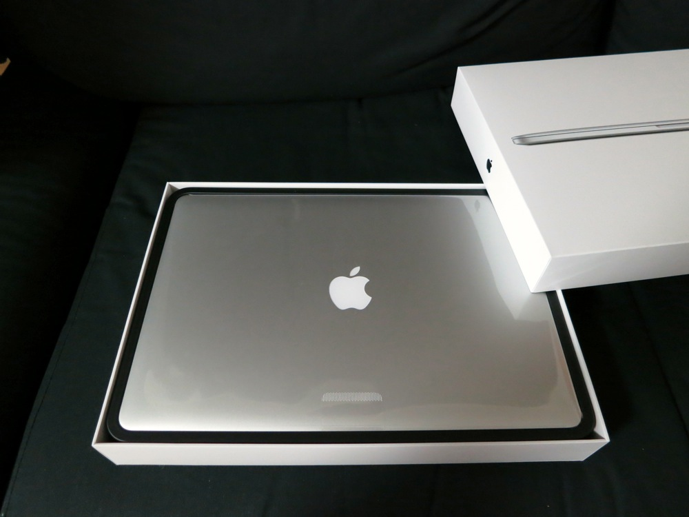 Macbookproretina photorepo02