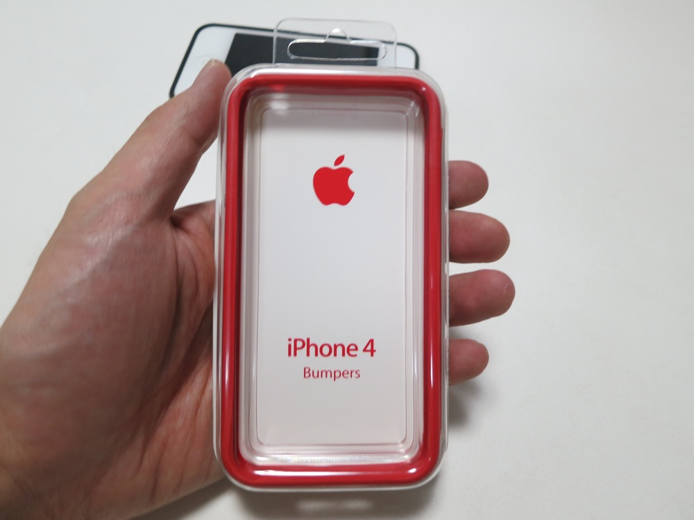 「Apple iPhone 4 Bumper – (PRODUCT) RED」レビュー