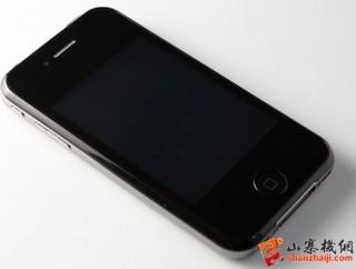 中国で偽物iPhoneを売って逮捕