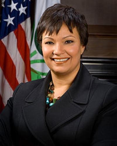Apple、環境への取り組みの責任者として、元環境保護庁長官Lisa Jackson氏を雇う