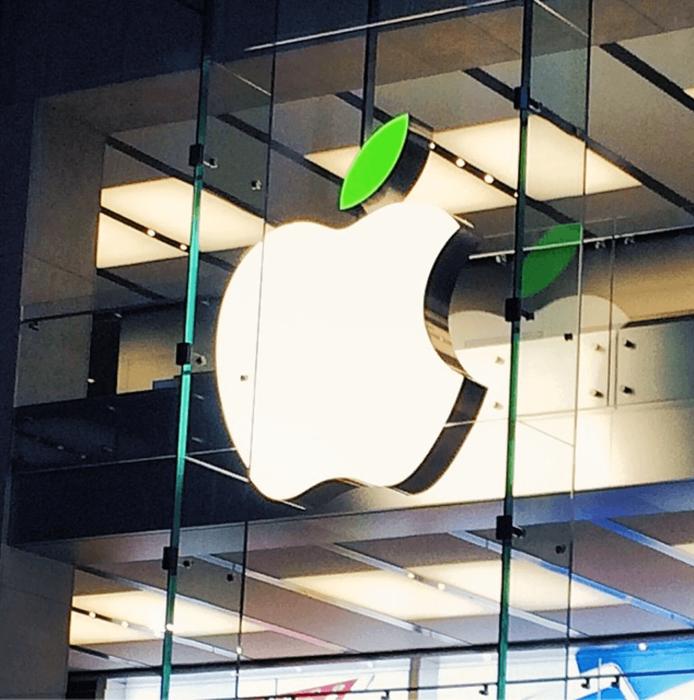 世界のApple StoreがEarth Dayにあわせて店頭ロゴを特別な模様に変更中