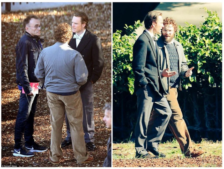Jobs役のMichael Fassbender氏やWoz役のSeth Rogen氏など公式伝記映画の撮影風景の写真