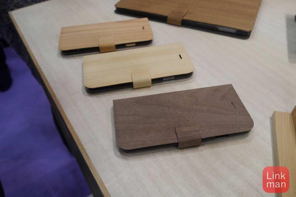 【ギフトショー春2015】BIG WILL、一枚の「樹の紙」で作ったiPhone・iPadケースを展示