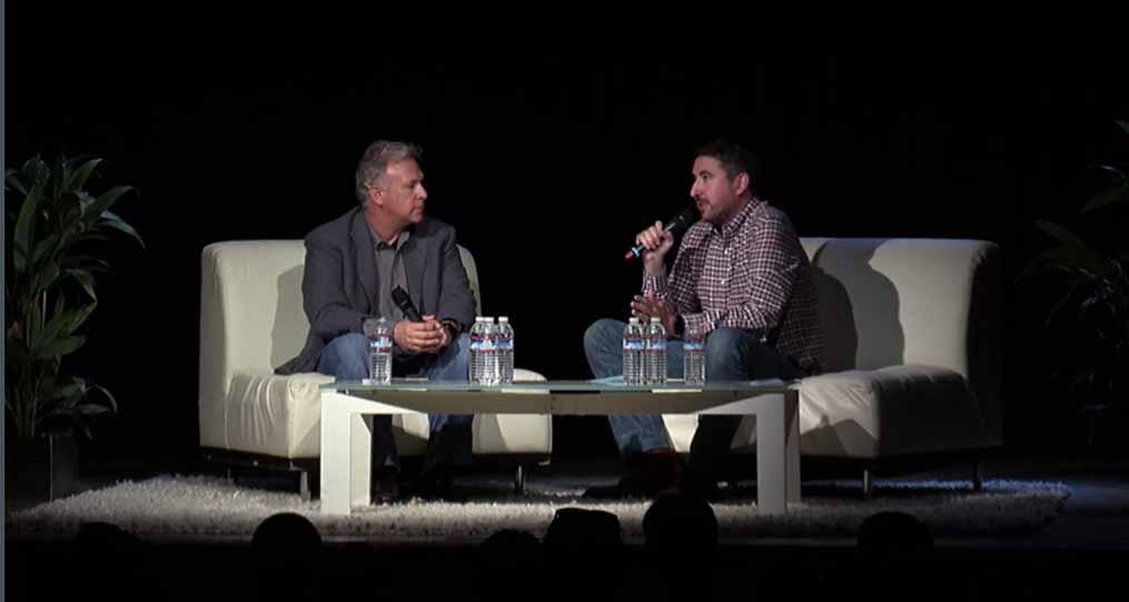 AppleのPhil Schiller氏がインタビューに答え16GBのiPhoneや超薄型のデザインとバッテリーの関係などを語る