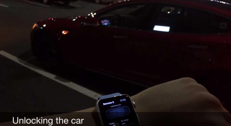 Teslaの「Model S」を「Apple Watch」のSiriで制御するデモムービーが公開される