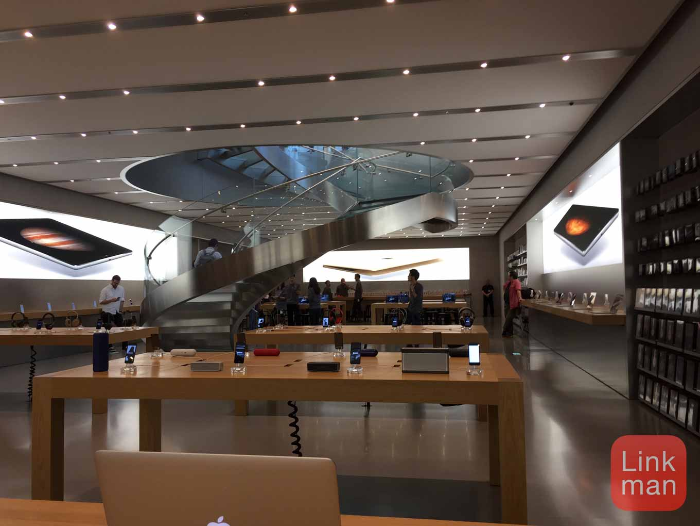 「iPhone 6s/6s Plus」発売日の「Apple Store 表参道」レポート
