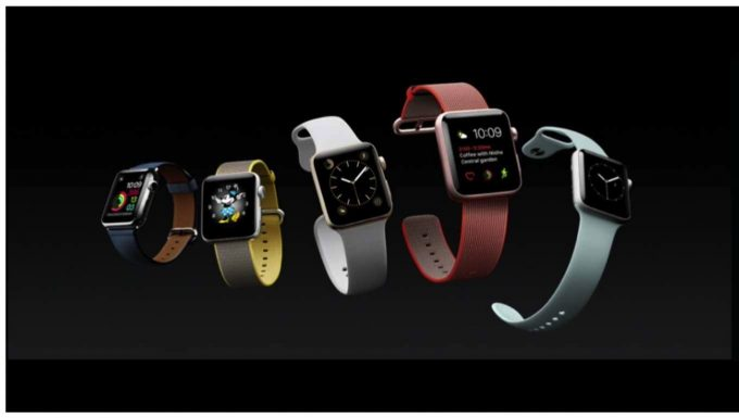 Apple、防水機能を強化しGPSを搭載した「Apple Watch Series 2」を発表