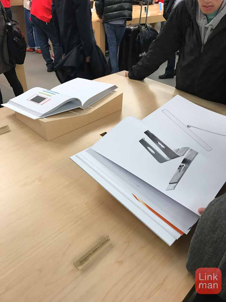 Apple、Apple 銀座やオンラインストアでフォトブック「Designed by Apple in California」の販売を開始