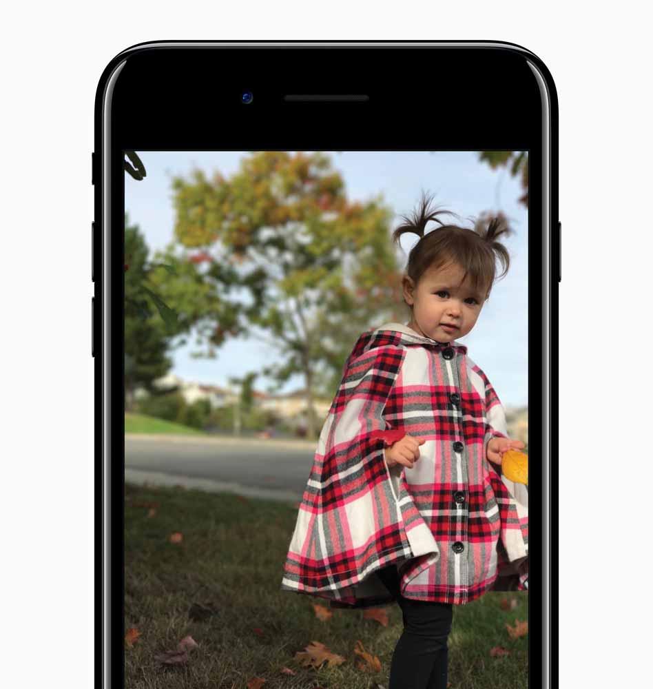 Apple、プロカメラマンによる「iPhone 7 Plus」のポートレートモードで撮影するためのヒントと写真を公開