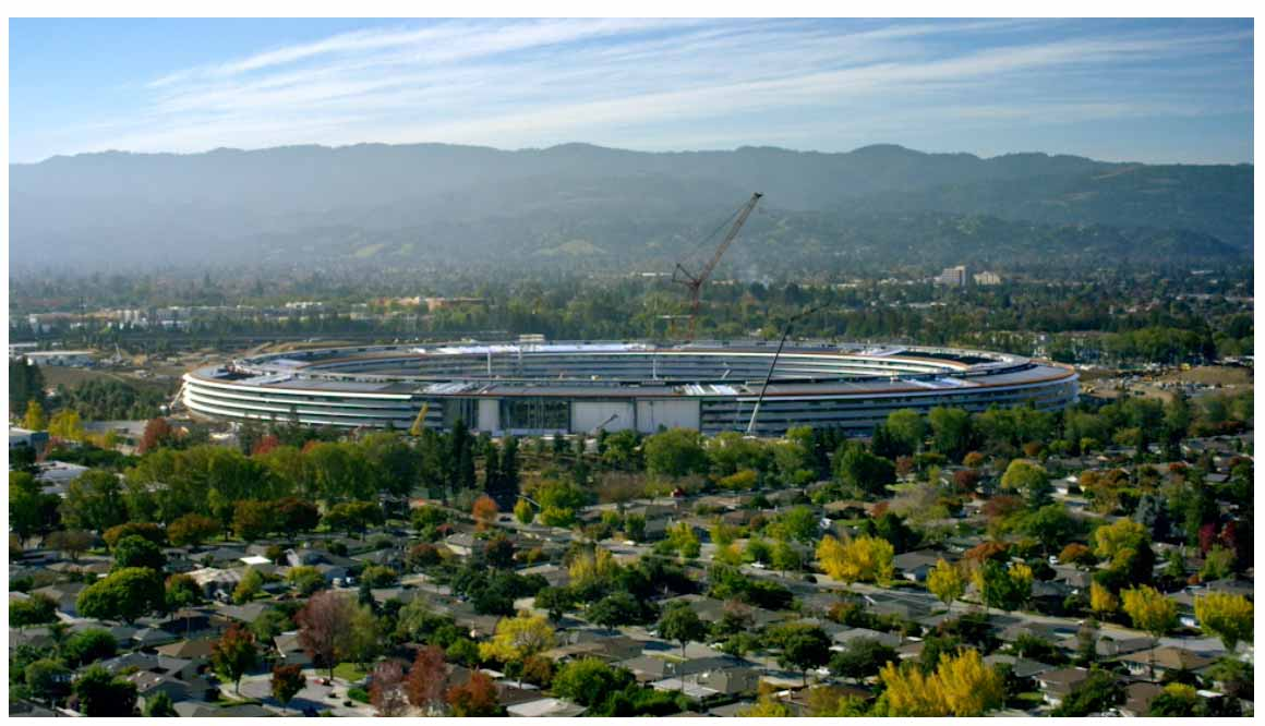 Apple、新本社キャンパスの正式名称は「Apple Park」、シアターの名前は「Steve Jobs Theater」で4月にオープン