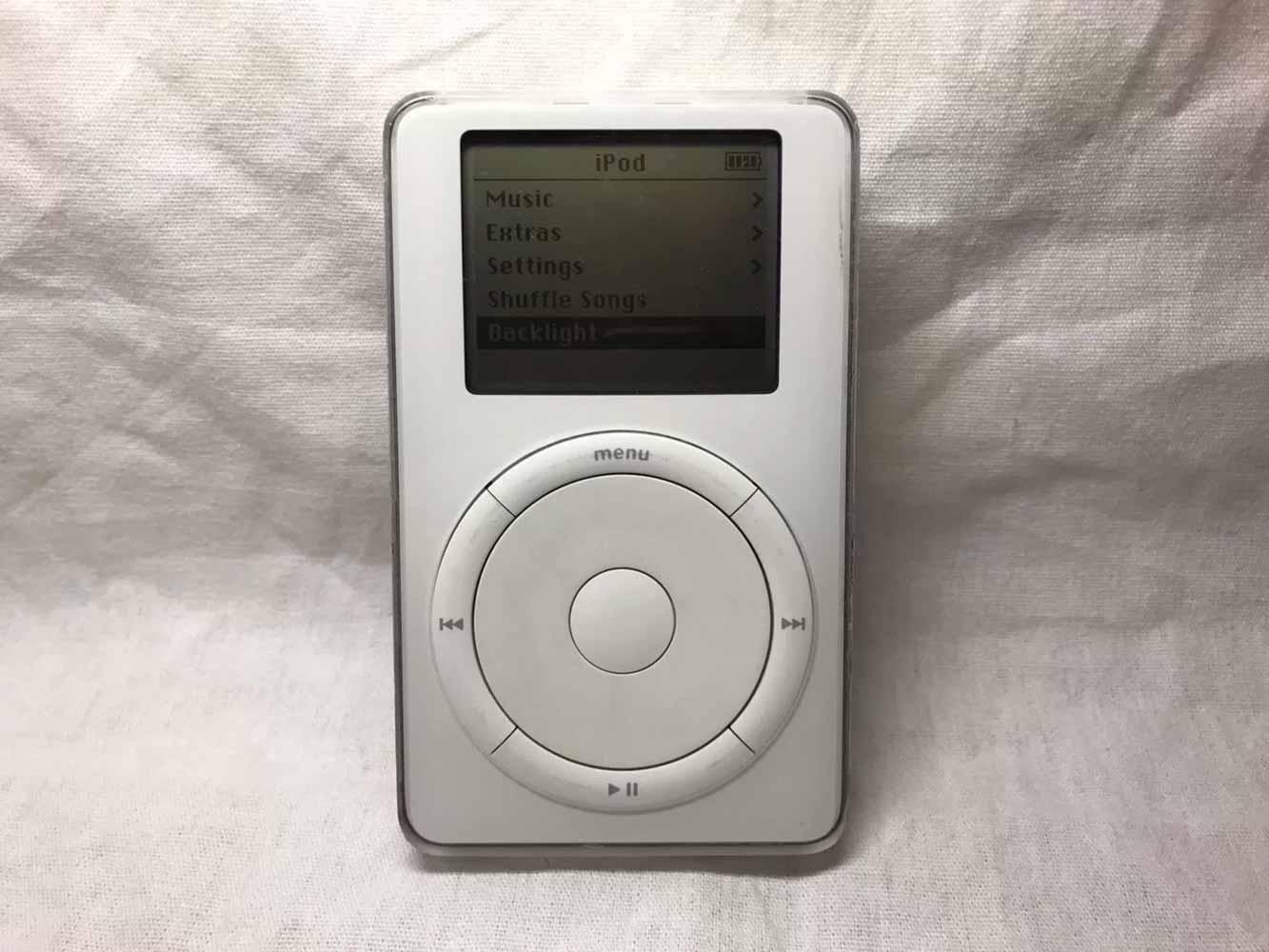 第2世代「iPod」のプロトタイプがeBayに出品中