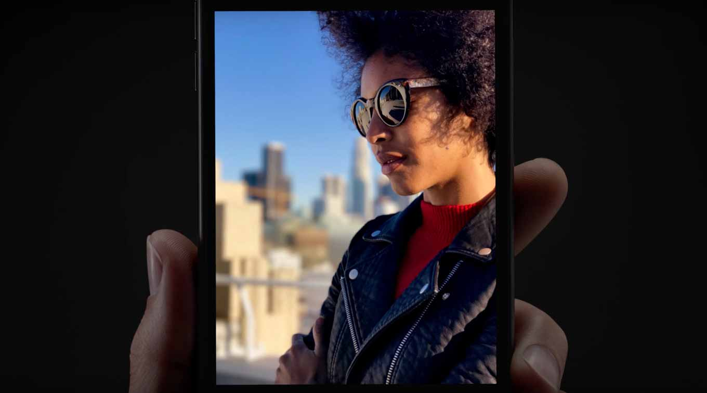 Apple、「iPhone 7 Plus」のポートレートモードを紹介したTVCM「Boyfriend」「Profile Picture」を公開