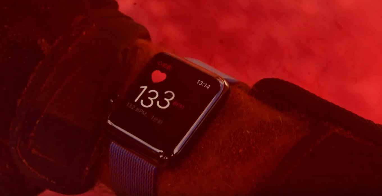Apple Japan、「Apple Watch Series 2」のCM「鮮やかに生きよう」を公開