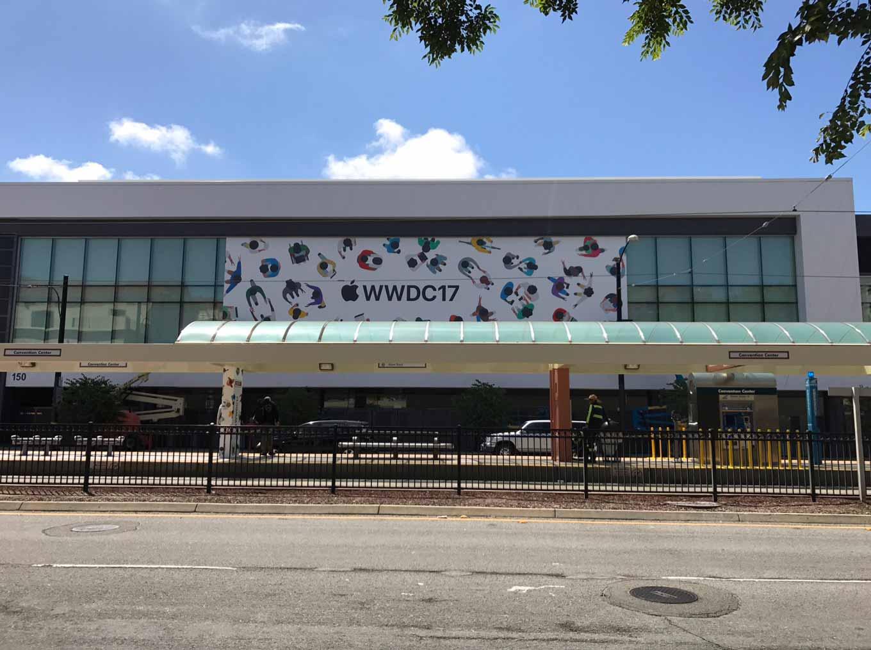 「WWDC 2017」の会場では準備が始まっている