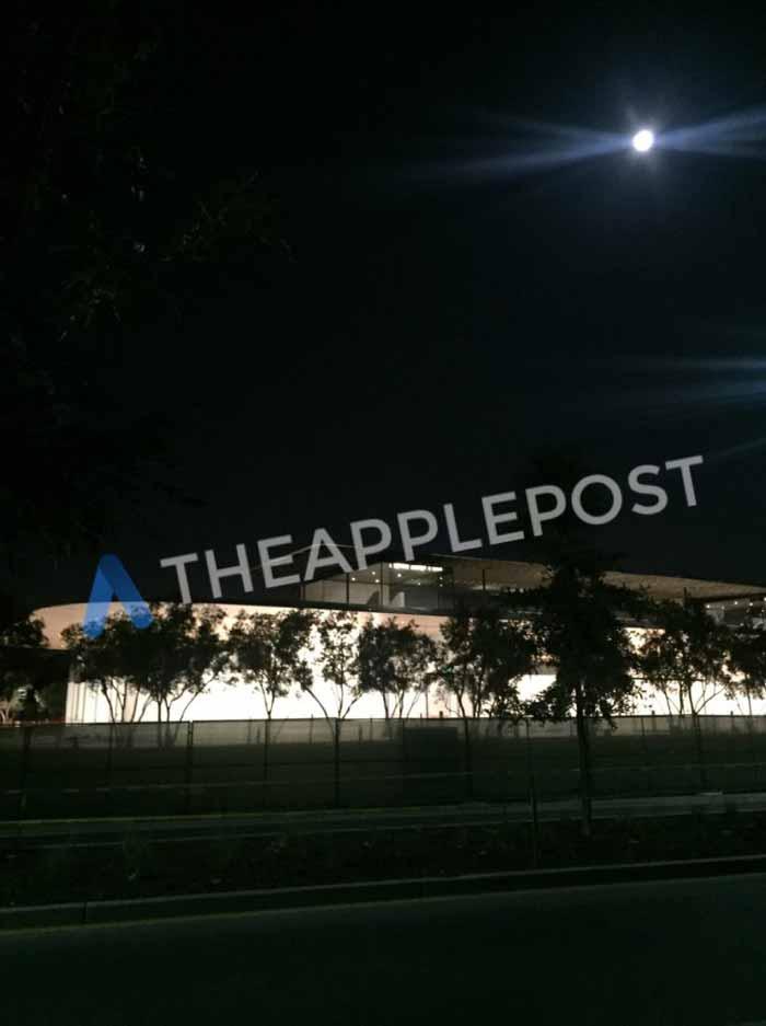 Appleparkvisitorscenter2