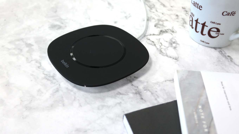 ベルキン、「iPhone X」「iPhone 8/8 Plus」対応ワイヤレス充電器「Boost↑Up Qi Wireless Charging Pad (5W)」の販売を開始