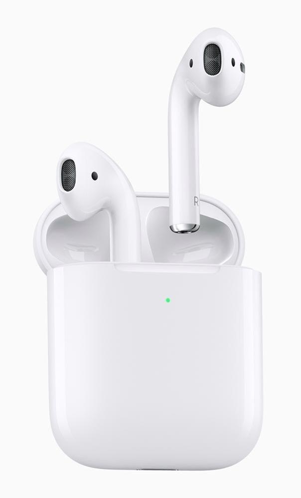 Apple、H1チップを搭載し「Hey Siri」に対応した新型「AirPods」を発表 ー ワイヤレス充電ケースも発表