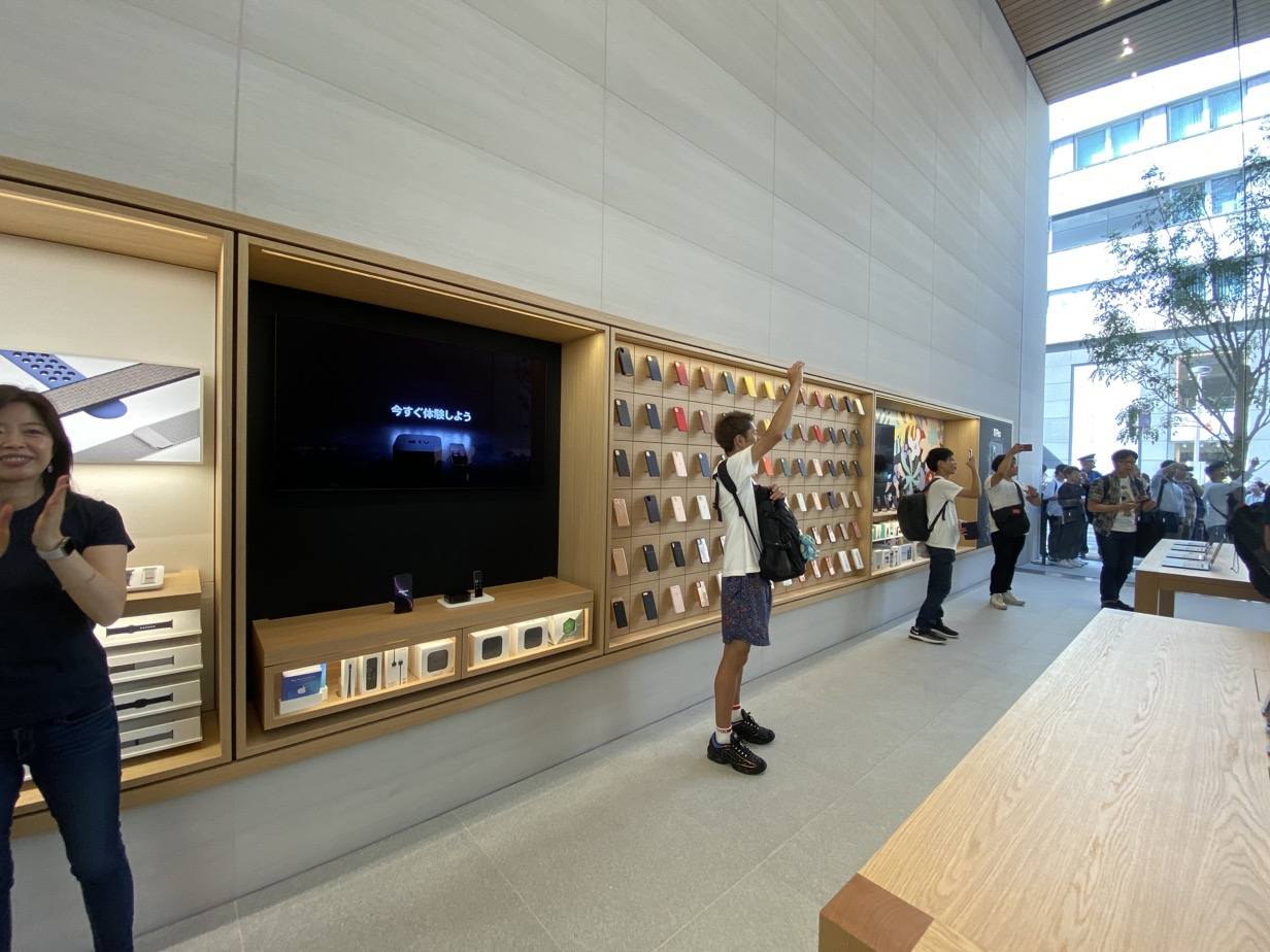 Apple 福岡 展示